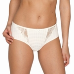 Madison, Prima Donna, short / hotpants met kant in natuur